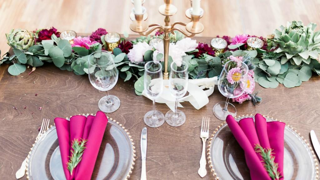 Boho wedding sweetheart table